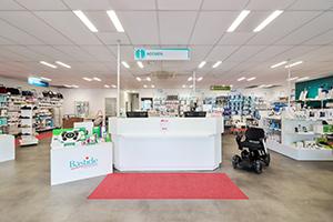 Bastide le Confort Médical Toulouse banque accueil intérieur magasin