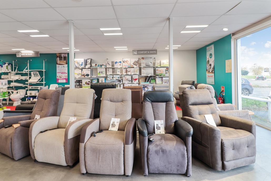 Bastide le Confort Médical Toulouse gamme de fauteuils releveurs